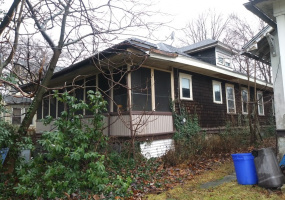 3 Bedrooms Bedrooms, ,1 BathroomBathrooms,Single Family Home,For Sale,1355
