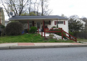 3 Bedrooms Bedrooms, ,1 BathroomBathrooms,Single Family Home,For Sale,1370